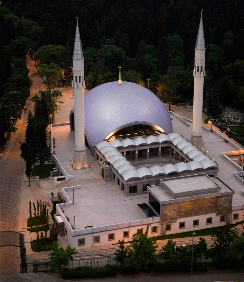 covet-edition-zeynep-fadillioglu-turkish-architect-mosques-designboom-02