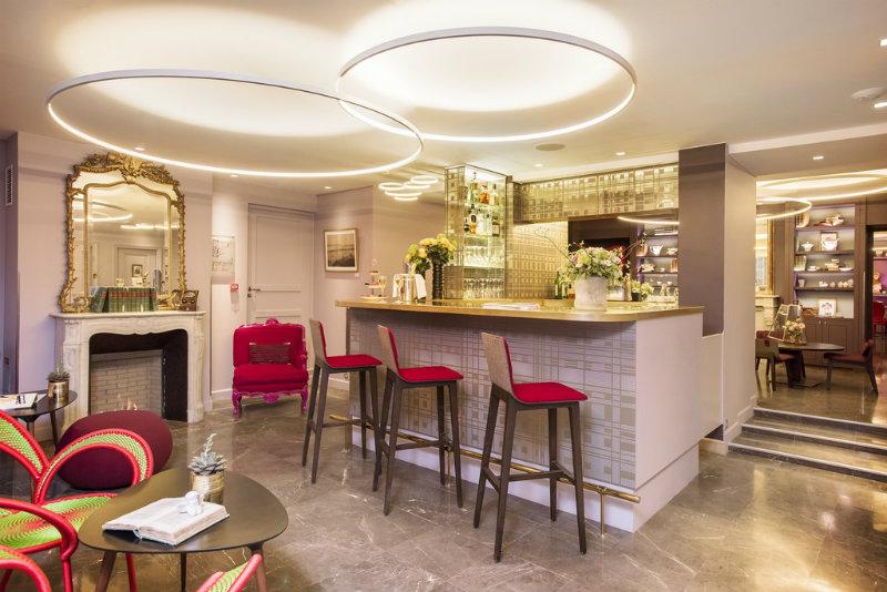 coveted-Luxury-Hotels-celebrate-Paris-Design-Week-Hôtel La Belle Juliette-bar