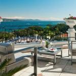 coveted-Top-Interior-Designers- Fine-Rooms-villa-belrose3