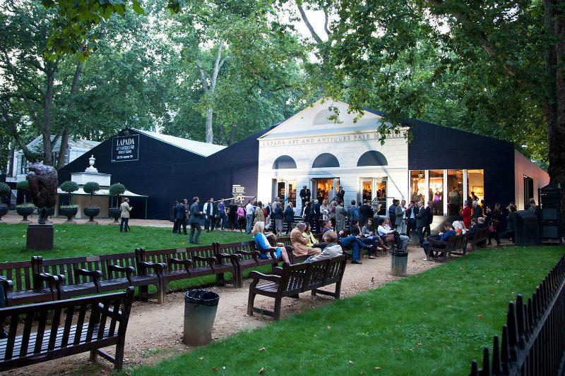 coveted-Visit-Interesting-Lapada-Fair-in-London-photos