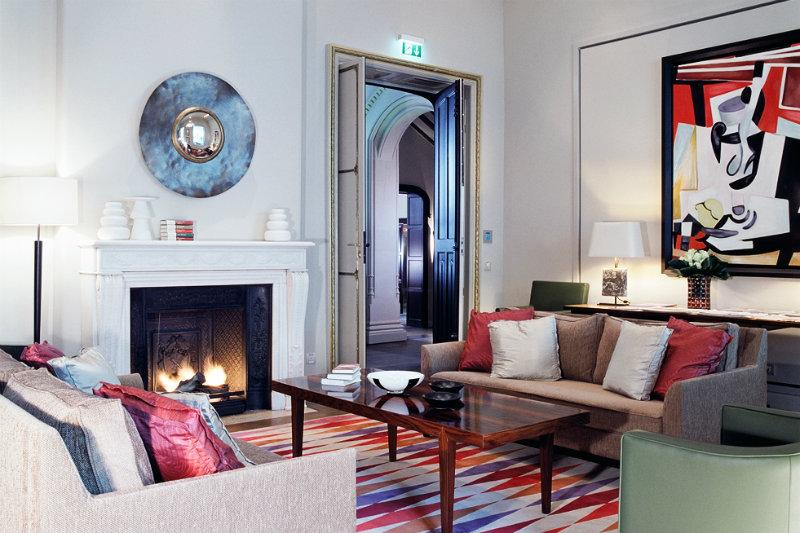 coveted interior design ideas of martin brudnizki hotel. Black Bedroom Furniture Sets. Home Design Ideas