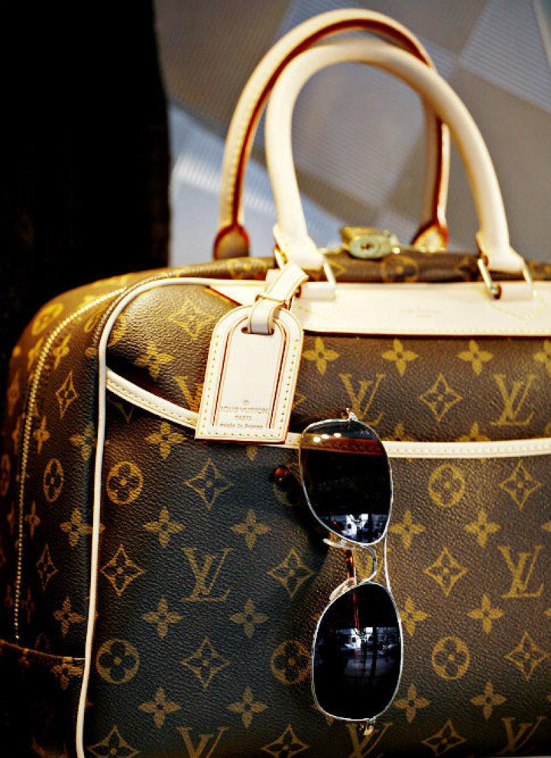 questionnaire luxury brands and louis vuitton