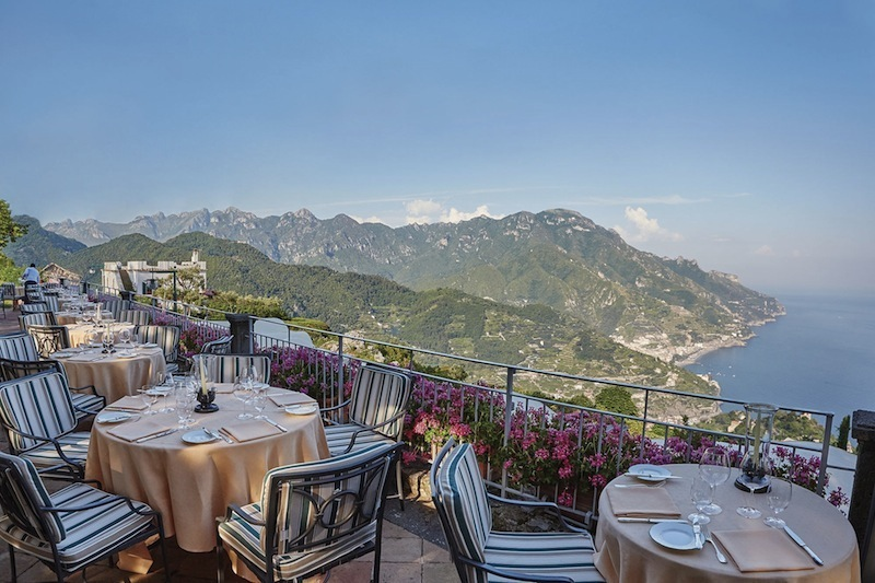 meet-10-hotels-with-the-most-unbelievable-views-4