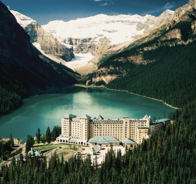 meet-10-hotels-with-the-most-unbelievable-views-8