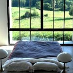 trend-alert-9-beds-with-a-stunning-view-cover