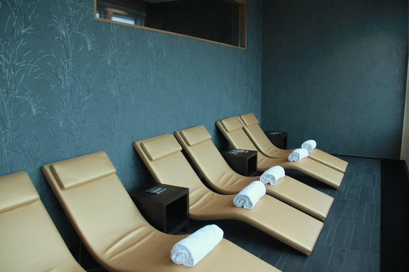 CovetED Discover Grandhotel Hessischer Hof 215