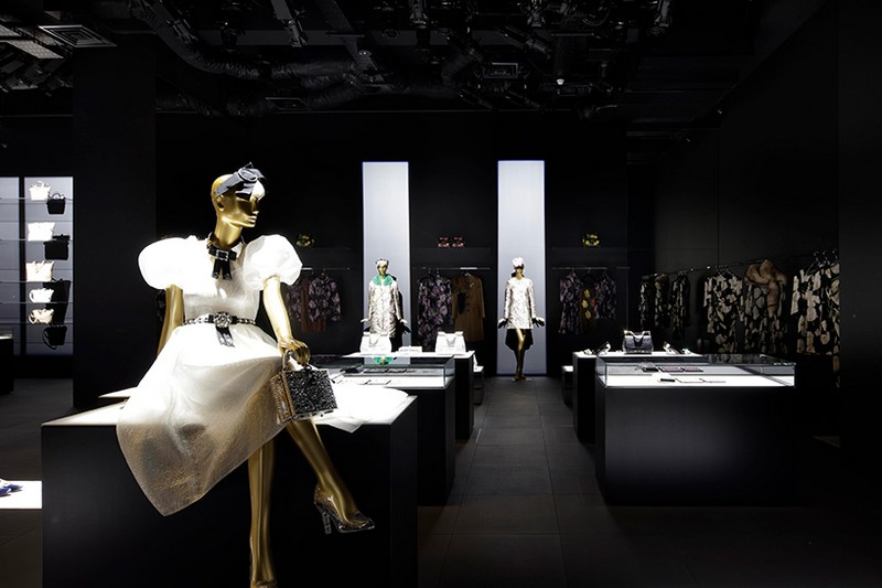 Dolce Gabbana-tokyo-curiosity-gwenael-nicolas-designboom-07