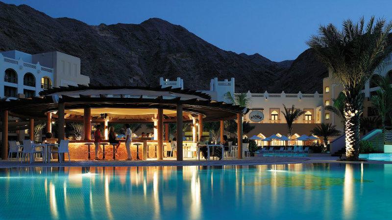 shangri-la-barr-al-jissah-resort-spa-3 shangri-la barr al jissah resort Presenting the Luxurious Hideaway Shangri-La Barr Al Jissah Resort Shangri La Barr Al Jissah Resort Spa 3