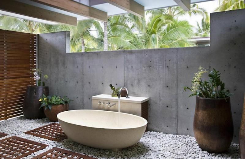 #9 tropical bathroom 10 Astonishing Tropical Bathroom Ideas That You Must See Today 10 Amazing Tropical Bath Ideas 9