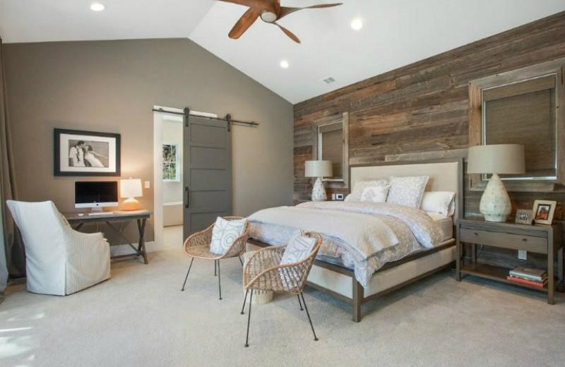 alamo-remodel sliding doors 10 Splendid Bedrooms with Wooden Sliding Doors Alamo Remodel