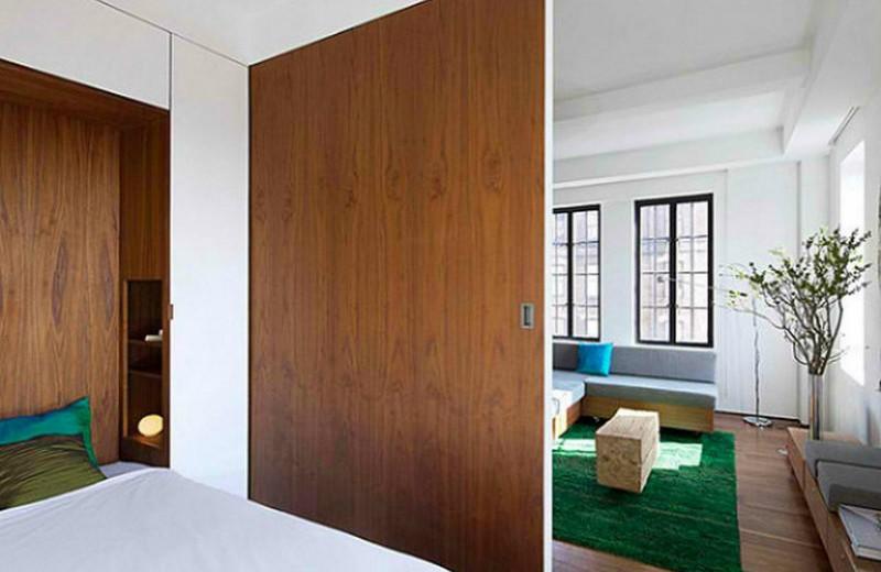 horse-ranchs sliding doors 10 Splendid Bedrooms with Wooden Sliding Doors Horse Ranchs