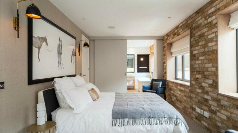 warren-mewss sliding doors 10 Splendid Bedrooms with Wooden Sliding Doors Warren Mewss