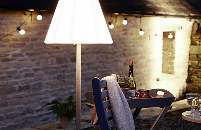 outdoor-floor-lamp-cox-0008-1 floor lamps Spectacular Floor lamps to Use in the Outdoors outdoor floor lamp cox 0008 1
