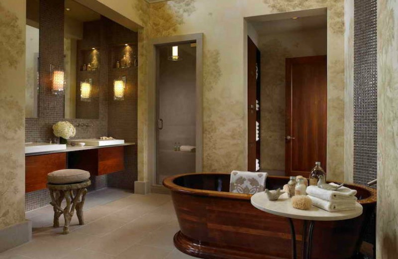 10-relaxing-and-unique-wooden-bathtubs-you-will-love-have-8 wooden bathtubs 10 Relaxing and Unique Wooden Bathtubs You Will Love to Have 10 Relaxing and Unique Wooden Bathtubs You Will Love Have 8