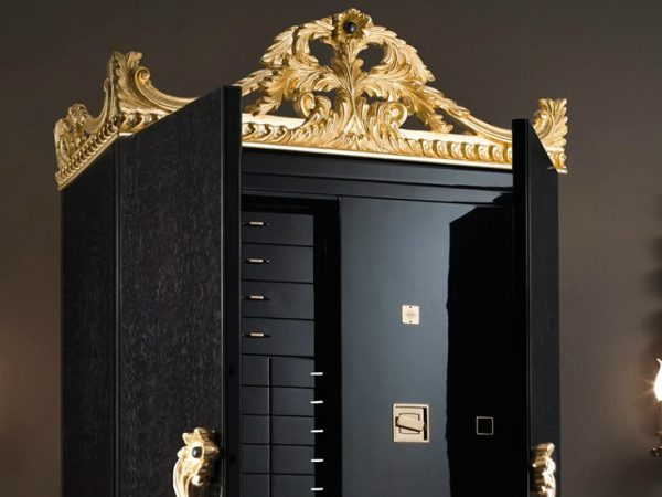 Discover The Luxury And Fine Furniture By Agresti Firenzi