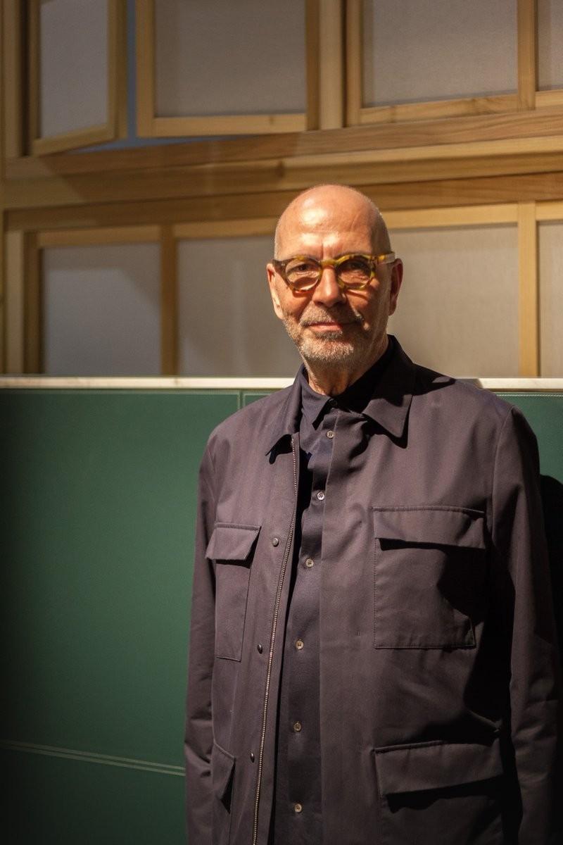 Roberto Lazzeroni poltrona frau milan design week