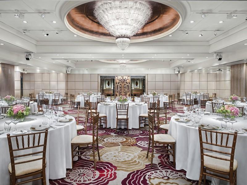 The Langham Hotel Hong Kong Provides Timeless Elegance Like No Other 2 langham hotel hong kong The Langham Hotel Hong Kong Provides Timeless Elegance Like No Other The Langham Hotel Hong Kong Provides Timeless Elegance Like No Other 2