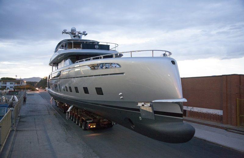Dynamiq's GTT 115 Is One of the Most Avant-Garde Luxury Superyachts 1