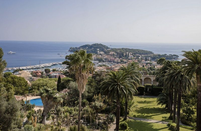 Meet the Most Expensive House in the World. To see more news about luxury houses, subscribe our newsletter right now! #mostexpensivehouse #villalescedres #saintjeancapferrat #kingleopoldii #luxuryhouses #luxurymansions #marnierlapostolle #villefranchesurmer most expensive house Meet the Most Expensive House in the World Meet the Most Expensive House in the World 15