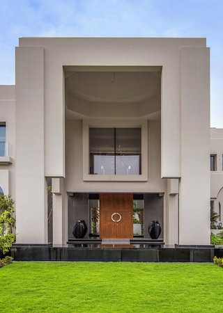 Unravel an Incredible Villa in Dubai. To see more news about amazing mansions, subscribe our newsletter right now! #incrediblevillaindubai #emirateshills #emirateshillsectore #dubaiproperties #luxurydubai #luxuryestates #dubaivillas #dubaimansions #dubaiestates