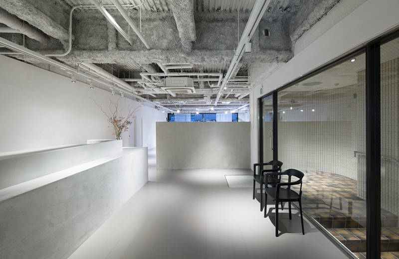 An Interior Design Project To Impress In Kyoto, Japan ➤ #covetedmagazine #luxurymagazine #luxuryliving #interiordesign #homedecor #milandesignweek2019 #salonedelmobile2019 #isaloni2019 #maisonetobjet ➤ www.covetedition.com ➤ @covetedmagazine @bocadolobo @delightfulll @brabbu @essentialhomeeu @circudesign @mvalentinabath @luxxu @covethouse_ @rug_society @pullcast_jewelryhardware @bybrabbucontract Interior Design Project An Interior Design Project To Impress In Kyoto, Japan An Interior Design Project To Impress In Kyoto Japan 9
