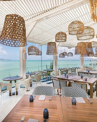 Meet New Luxury Hotel Designed By Top Interior Designer Kelly Hoppen ➤ #covetedmagazine #luxurymagazine #luxuryliving #interiordesign #homedecor #milandesignweek2019 #salonedelmobile2019 #isaloni2019 #maisonetobjet ➤ www.covetedition.com ➤ @covetedmagazine @bocadolobo @delightfulll @brabbu @essentialhomeeu @circudesign @mvalentinabath @luxxu @covethouse_ @rug_society @pullcast_jewelryhardware @bybrabbucontract