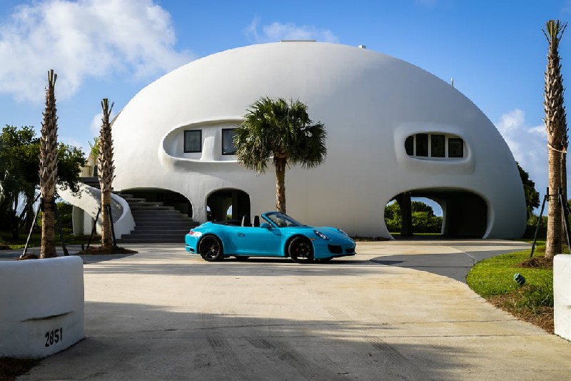 futuristic design Eye Of The Storm: See The Futuristic Design Of The $5M Dome Home Eye Of The Storm See The Futuristic Design Of The 5M Dome Home 1