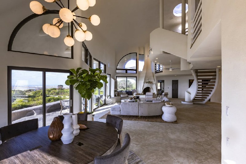Eye Of The Storm: See The Futuristic Design Of The $5M Dome Home futuristic design Eye Of The Storm: See The Futuristic Design Of The $5M Dome Home Eye Of The Storm See The Futuristic Design Of The 5M Dome Home 4