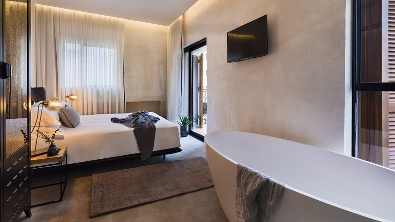 Luxury Travel Inspiration Meet The Amazing Vera Hotel In Tel Aviv ➤ #covetedmagazine #luxurymagazine #luxuryliving #interiordesign #homedecor #milandesignweek2019 #salonedelmobile2019 #isaloni2019 #maisonetobjet ➤ www.covetedition.com ➤ @covetedmagazine @bocadolobo @delightfulll @brabbu @essentialhomeeu @circudesign @mvalentinabath @luxxu @covethouse_ @rug_society @pullcast_jewelryhardware @bybrabbucontract Luxury Travel Inspiration Luxury Travel Inspiration: Meet The Amazing Vera Hotel In Tel Aviv Luxury Travel Inspiration Meet The Amazing Vera Hotel In Tel Aviv 10