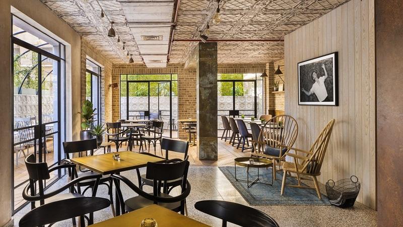 Luxury Travel Inspiration Meet The Amazing Vera Hotel In Tel Aviv ➤ #covetedmagazine #luxurymagazine #luxuryliving #interiordesign #homedecor #milandesignweek2019 #salonedelmobile2019 #isaloni2019 #maisonetobjet ➤ www.covetedition.com ➤ @covetedmagazine @bocadolobo @delightfulll @brabbu @essentialhomeeu @circudesign @mvalentinabath @luxxu @covethouse_ @rug_society @pullcast_jewelryhardware @bybrabbucontract Luxury Travel Inspiration Luxury Travel Inspiration: Meet The Amazing Vera Hotel In Tel Aviv Luxury Travel Inspiration Meet The Amazing Vera Hotel In Tel Aviv 5