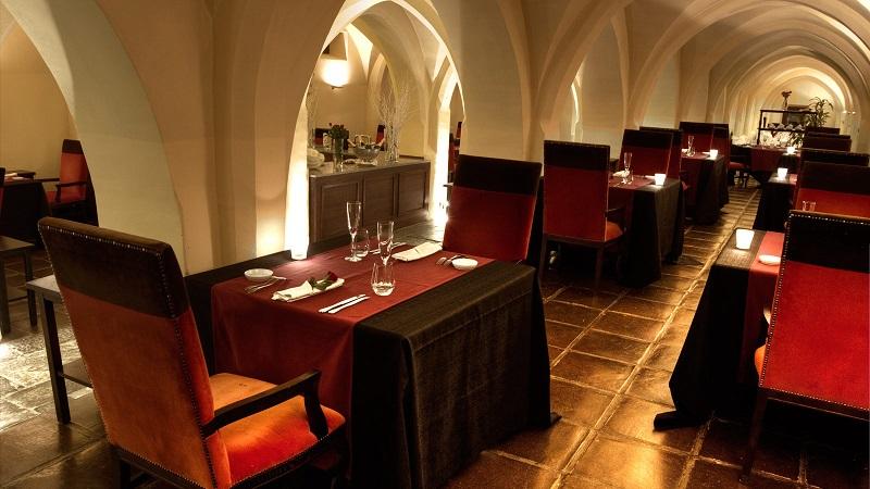 Unique Experience At Luxury Hotel in Portugal Convento do Espinheiro ➤ #covetedmagazine #luxurymagazine #luxuryliving #interiordesign #homedecor #milandesignweek2019 #salonedelmobile2019 #isaloni2019 #maisonetobjet ➤ www.covetedition.com ➤ @covetedmagazine @bocadolobo @delightfulll @brabbu @essentialhomeeu @circudesign @mvalentinabath @luxxu @covethouse_ @rug_society @pullcast_jewelryhardware @bybrabbucontract Luxury Hotel in Portugal Unique Experience At Luxury Hotel in Portugal Convento do Espinheiro Unique Experience At Luxury Hotel in Portugal Convento do Espinheiro 4