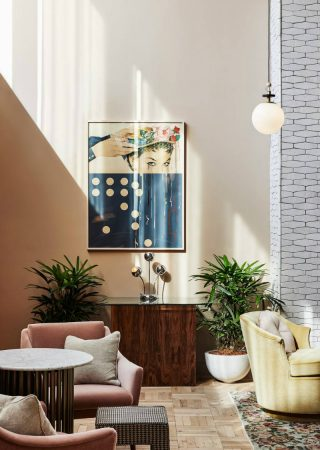 Discover The Mid-Century Modern Design of The Hoxton Hotel
