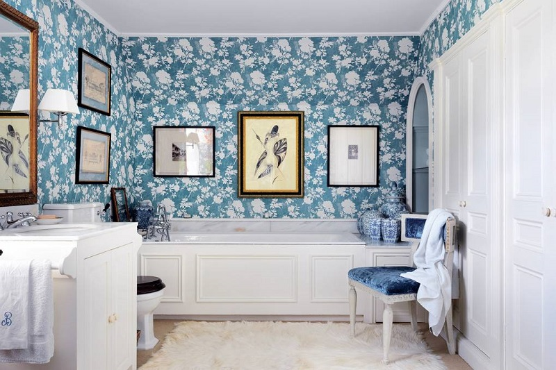 Revamp Your Luxury Bathroom Decor With Unique Wallpapers
