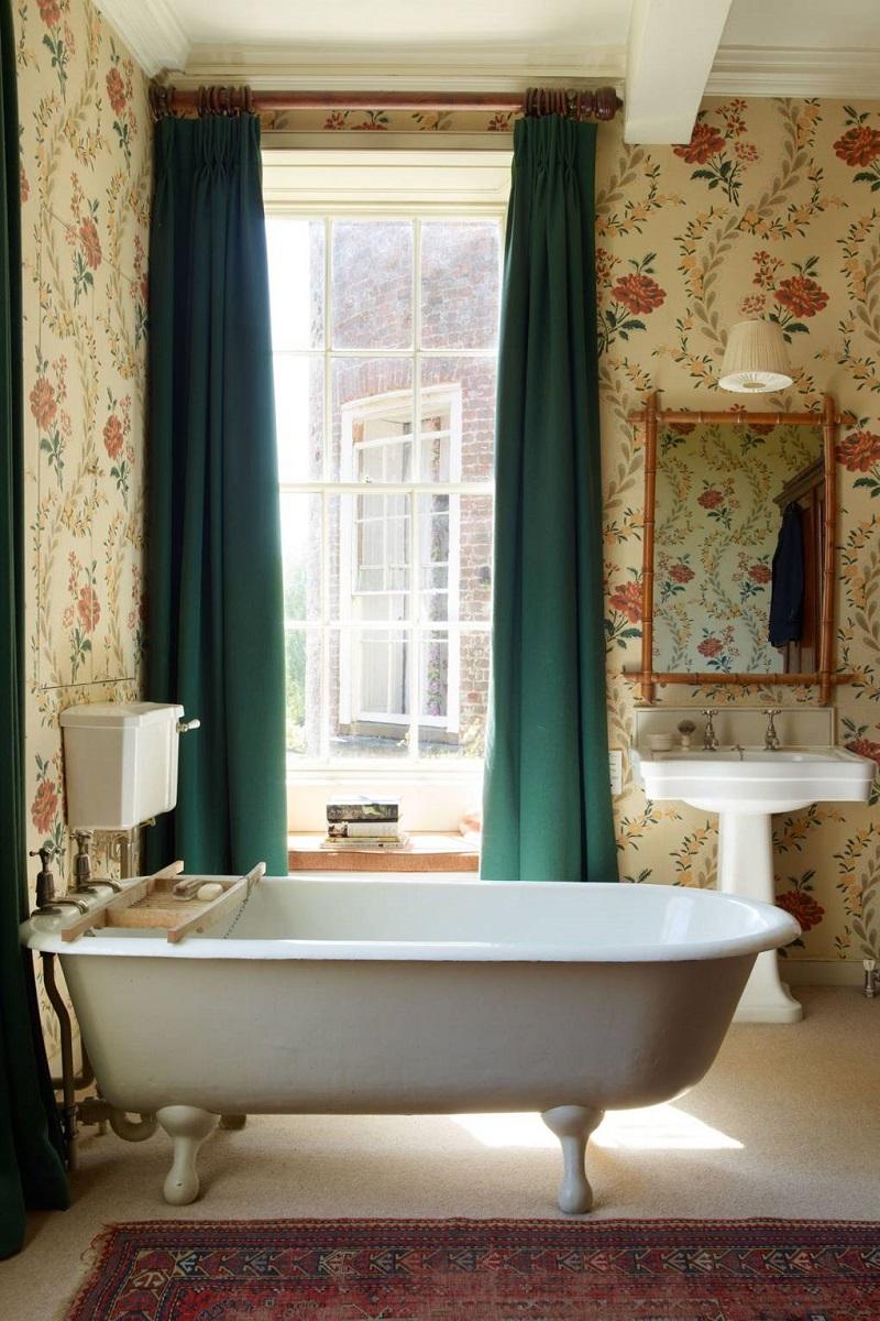 Revamp Your Luxury Bathroom Decor With Unique Wallpapers ➤ #covetedmagazine #interiordesign #homedecor #luxuryinteriors #luxurybathroomdecor #luxurybathroom ➤ www.covetedition.com ➤ @covetedmagazine @bocadolobo @delightfulll @brabbu @essentialhomeeu @circudesign @mvalentinabath @luxxu @covethouse_ @rug_society @pullcast_jewelryhardware @bybrabbucontract Luxury Bathroom Decor Revamp Your Luxury Bathroom Decor With Unique Wallpapers Revamp Your Luxury Bathroom Decor With Unique Wallpapers 7