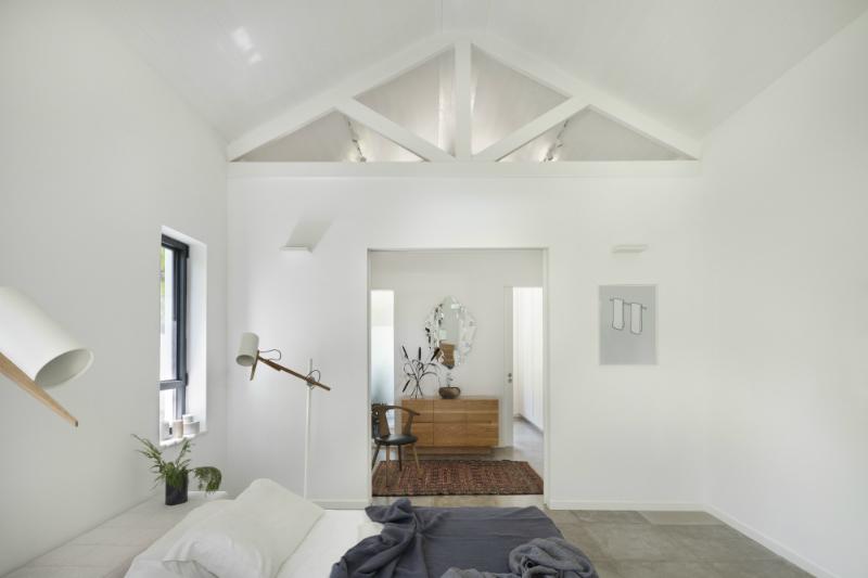 "Henkin Shavit Studio Present ""A Modern Farm House"" Project"