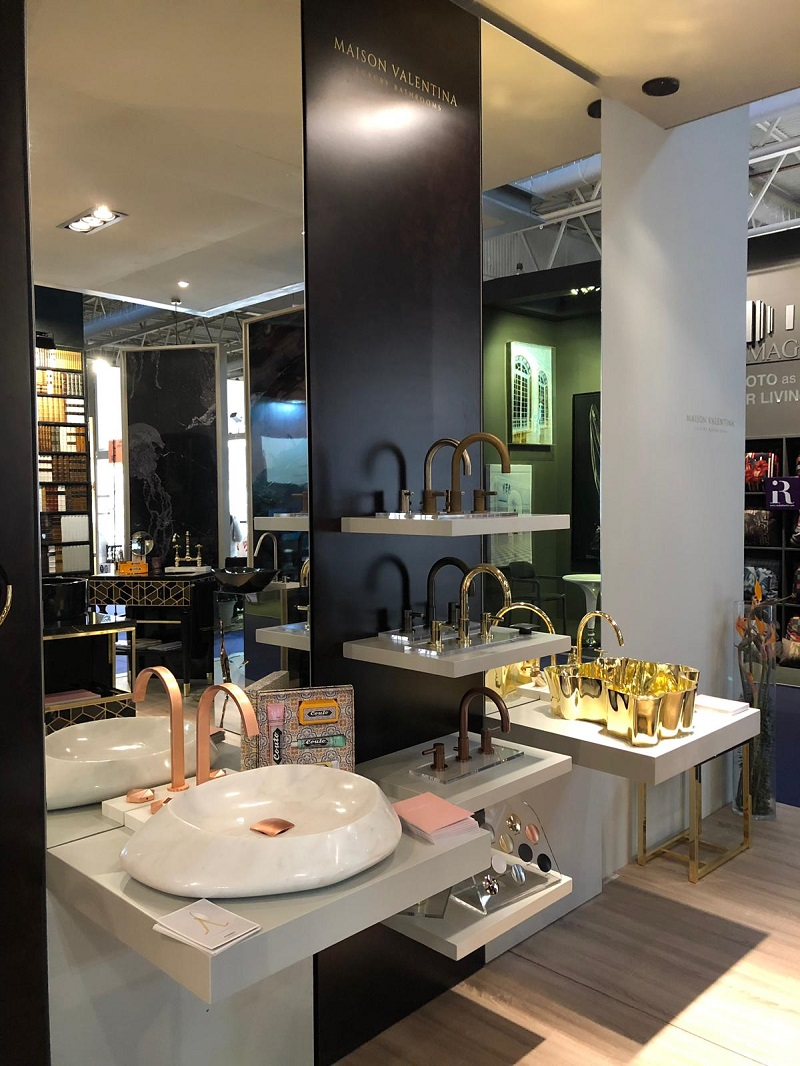 Stands You Can't Miss From Top Luxury Brands At Maison et Objet Paris 2019 ➤ #covetedmagazine #interiordesign #homedecor #maisonetobjet2019 #maisonetobjet #parisdecooff2019 ➤ www.covetedition.com ➤ @covetedmagazine @bocadolobo @delightfulll @brabbu @essentialhomeeu @circudesign @mvalentinabath @luxxu @covethouse_ @rug_society @pullcast_jewelryhardware @byfoogo Maison et Objet 2019 StandsYou Can't Miss From Top Luxury Brands At Maison et Objet 2019 Stands You Cant Miss From Top Luxury Brands At Maison et Objet 2019 MV 2