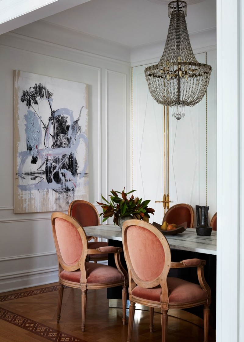 This NYC Apartment Gives Off Incredible Parisian Pied-à-Terre Vibes (1) parisian pied-à-terre This NYC Apartment Gives Off Incredible Parisian Pied-à-Terre Vibes This NYC Apartment Gives Off Incredible Parisian Pied Terre Vibes 1