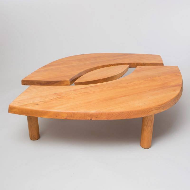Decorative Arts Exhibitions You Must See At PAD Genève 2019 ➤ #covetedmagazine #interiordesign #homedecor #maisonetobjet2019 #designtrends #covetawards #luxurybrands #craftsmanship ➤ www.covetedition.com ➤ @covetedmagazine @bocadolobo @delightfulll @brabbu @essentialhomeeu @circudesign @mvalentinabath @luxxu @covethouse_ @rug_society @pullcast_jewelryhardware @byfoogo