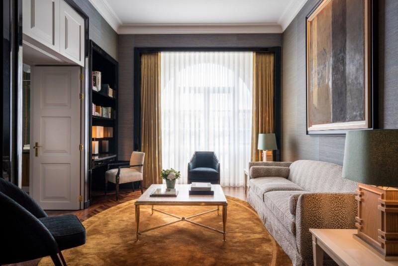 Step Inside OITOEMPONTO's New Glamorous Hospitality Project