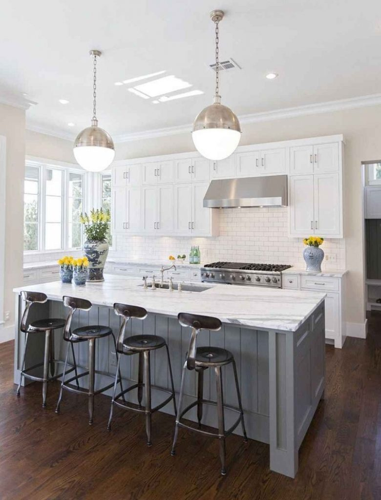 Modern White Kitchen Decor Ideas for 2020 5