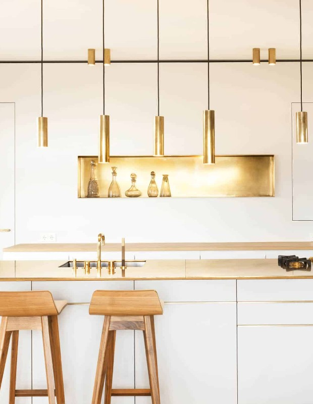 How to Glamorize the Kitchen with Brass Details!